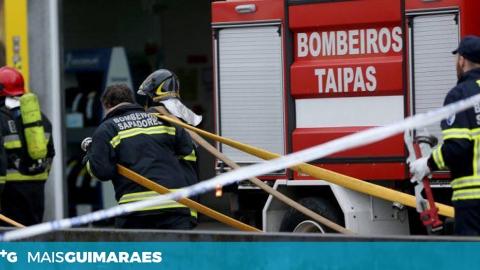 BOMBEIROS DAS TAIPAS COMBATERAM INCÊNDIO EM LEITÕES