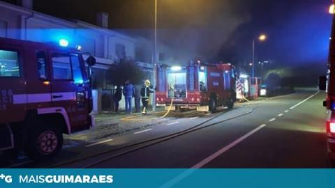 LONGOS: INCÊNDIO EM HABITAÇÃO DURANTE A MADRUGADA