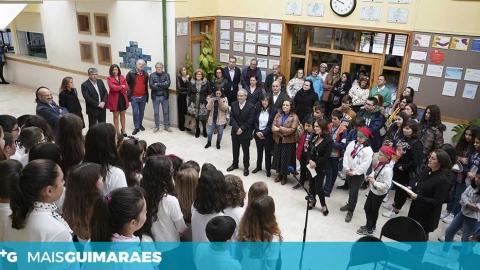 ESCOLA VIRGÍNIA MOURA ASSINALOU O 25.º ANIVERSÁRIO