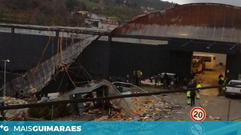 MORADORES PREOCUPADOS COM A REMOÇÃO DE AMIANTO NAS OFICINAS MUNICIPAIS