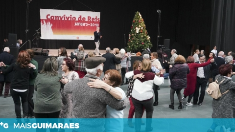 CONVÍVIO DE REIS MARCADO PARA SEGUNDA-FEIRA
