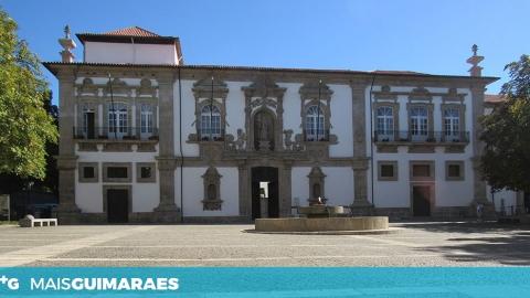 VÁRIOS TEMAS EM DISCUSSÃO NA REUNIÃO DE CÂMARA