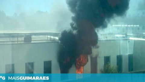 Incêndio no Hospital de Braga. Bombeiros das Taipas prestam auxílio