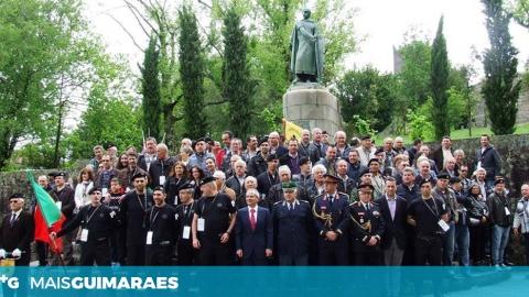 """Associação Veteranos Lanceiros de Portugal transporta """"três dezenas"""" de profissionais de saúde para o HSOG"""