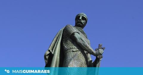 Totalidade da espada da estátua de D. Afonso Henriques retirada para análise