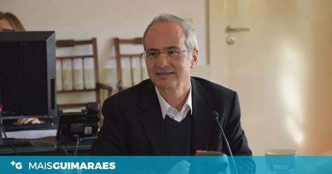 Presidente da Câmara de Guimarães repudia o desrespeito da TAP em relação ao norte